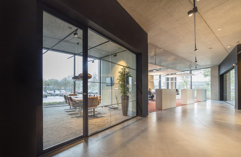 Plan effect systeemwanden cre ert een prachtig modern kantoor voor bolton bouw woerden concept - Kantoor lijnen ...